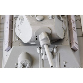 1/35 BitsKrieg BK-064 Early T-34 External Fuel Tanks with Clamps - Horizontally mounted