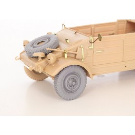 1/35 QuickWheel QWX-034 Kubelwagen wheels + spare wheel, Off-road tread 1